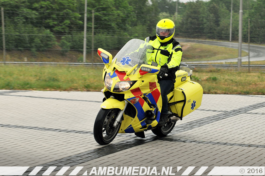 23 - Ambulancemotor evenementen Image